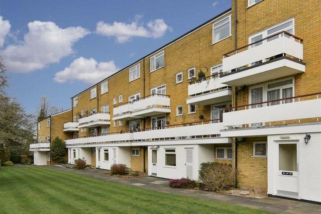 Well House, Banstead, Surrey SM7