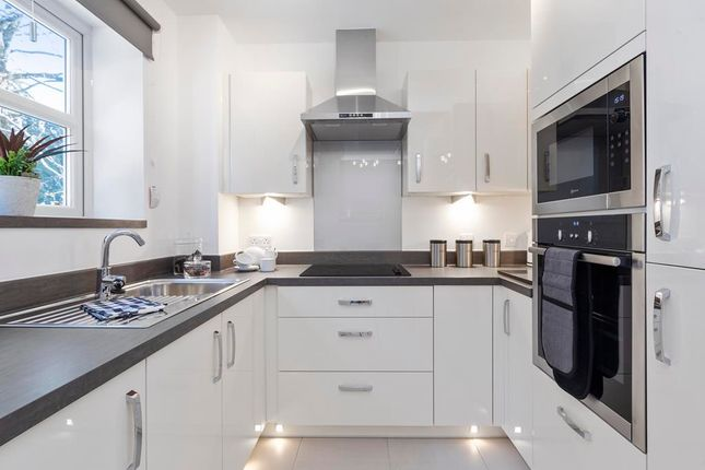 Thumbnail Property for sale in Westhall Road, Warlingham, Surrey