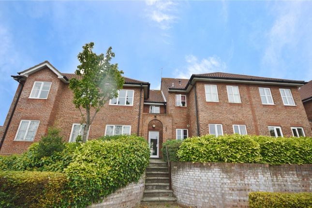 Thumbnail Flat for sale in Abbotsbury Court, 15 The Brow, Garston, Hertfordshire