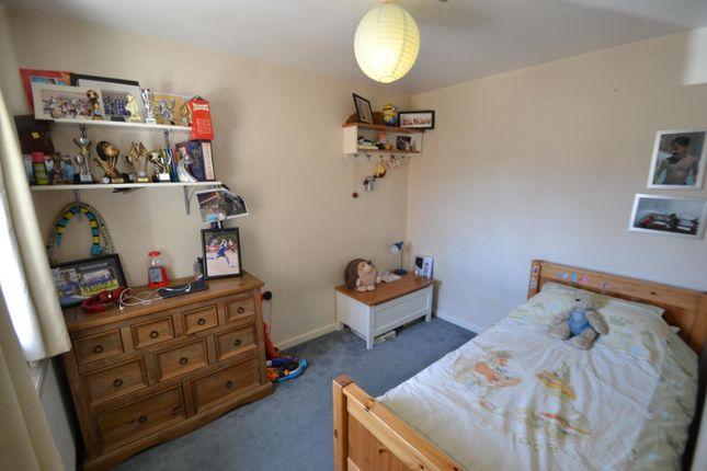 Bedroom of Milton Drive, Shepperton TW17