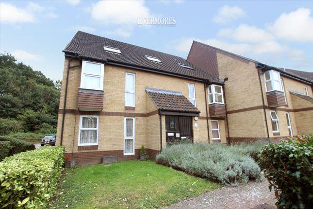 1 bed flat for sale in Heatherbank Close, Crayford, Dartford DA1