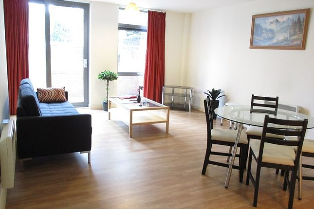 Thumbnail Flat to rent in Greenslade House, Beeston