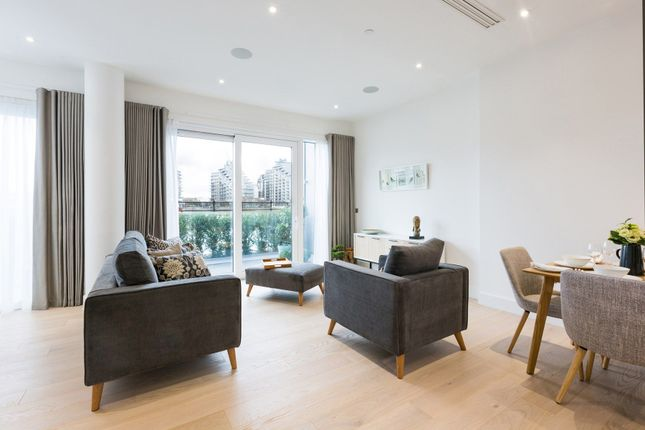 Thumbnail Flat to rent in Central Avenue, London