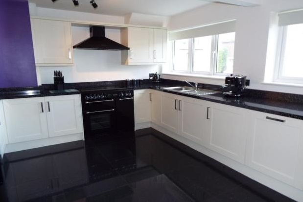 Thumbnail Property to rent in Bourne End, Hornchurch