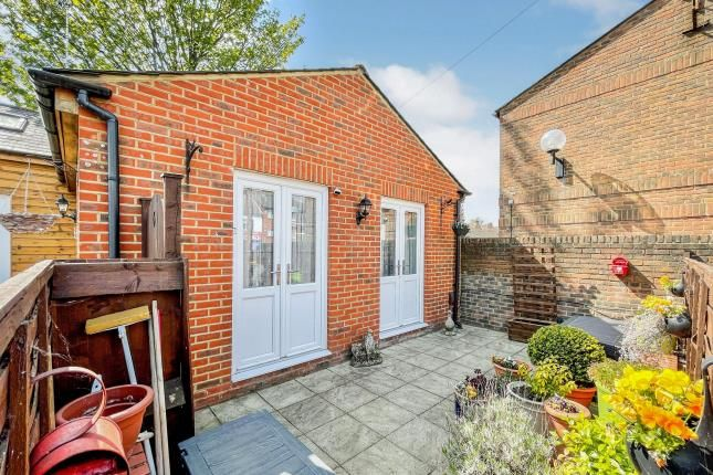 Thumbnail Property for sale in Vale Court, 115 High Street North, Dunstable, Bedfordshire