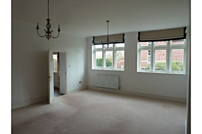 Thumbnail Town house for sale in Kirby Road, Norwich