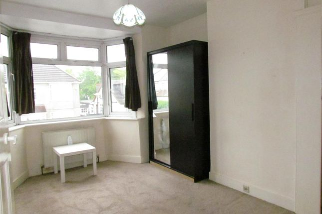 Bed 1 of Willow Road, Chadwell Heath, Romford RM6