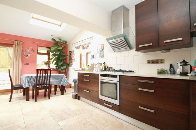 Thumbnail Terraced house to rent in Deepdale Close, Cardiff