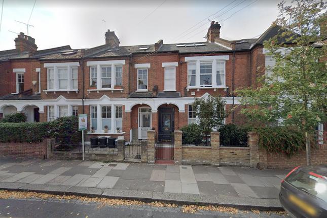 Thumbnail Flat to rent in Ravenslea Road, Balham