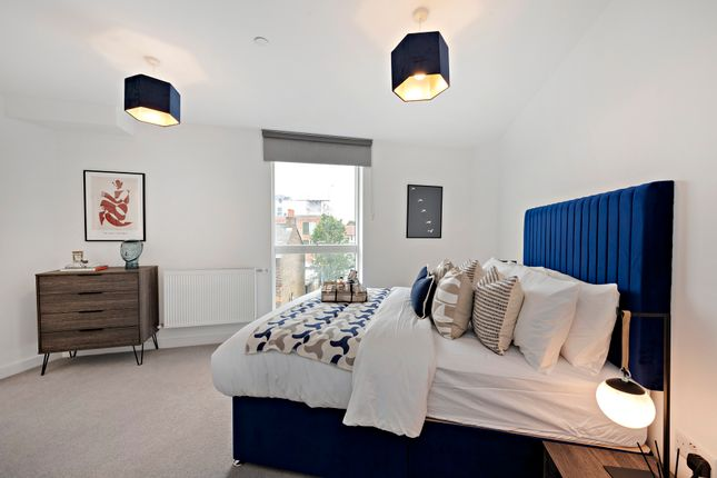 Thumbnail Duplex to rent in Blyth Road, Hayes