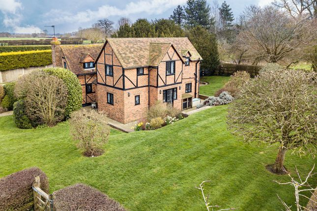 Thumbnail Detached house for sale in Paley Street, Maidenhead