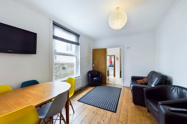 Thumbnail Shared accommodation to rent in Kingsley Road, Mutley, Plymouth