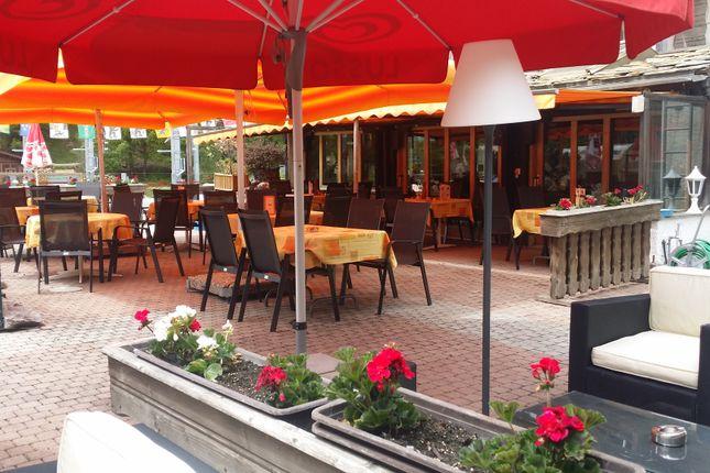 Hotel/guest house for sale in Taesch, Visp (District), Valais, Switzerland