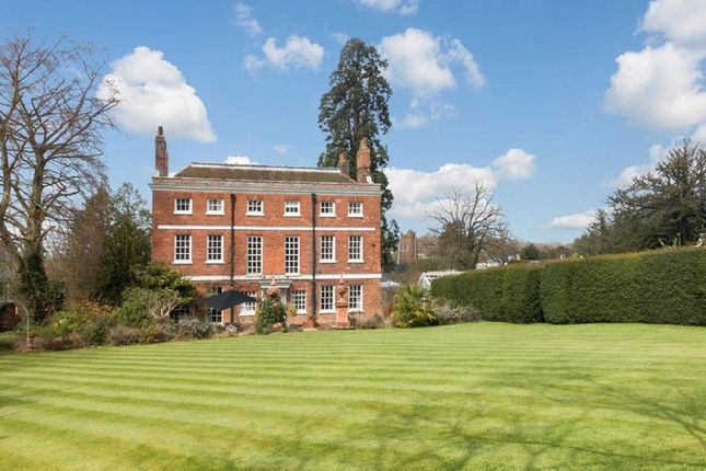 Thumbnail Detached house to rent in Queen Street, Castle Hedingham, Halstead