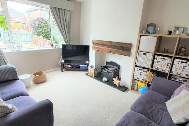 Thumbnail Property for sale in Hillfoot Rise, Pudsey
