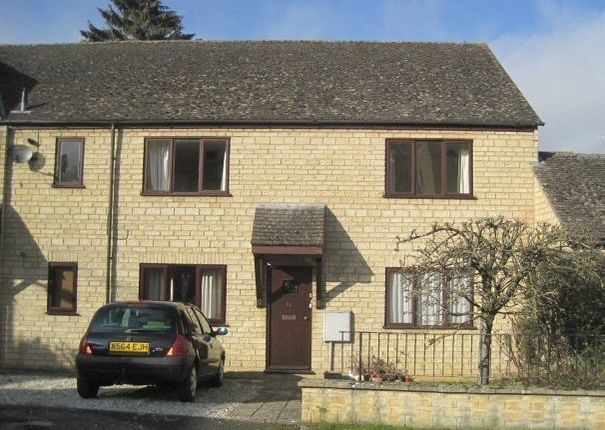 Thumbnail Maisonette to rent in Tanners Court, Charlbury, Chipping Norton