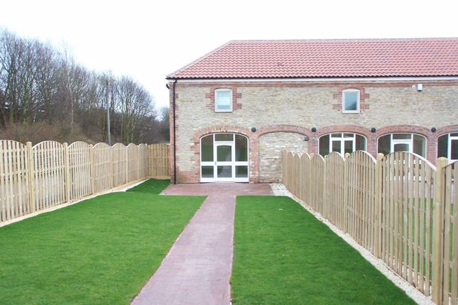 Thumbnail Property to rent in Broughton Cross Roads, Scawby, Brigg