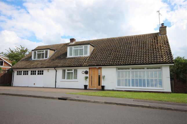 5 bed detached house for sale in Pynchon Paddocks, Little Hallingbury, Bishop's Stortford, Herts
