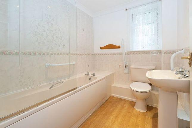 Bathroom of The Grange, Rectory Road, Camborne TR14
