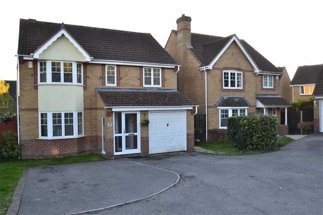 Thumbnail Detached house for sale in Cowslip Crescent, Thatcham, Berkshire