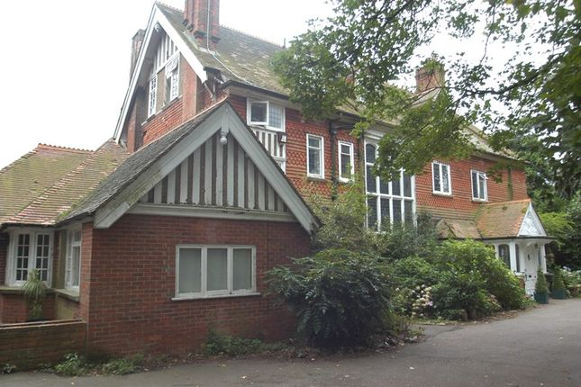 Thumbnail Country house for sale in The Ridge, Woldingham, Caterham