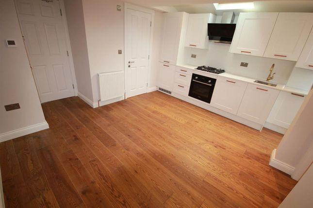 Thumbnail Flat to rent in Flat 2, 58 High Road, Bushey