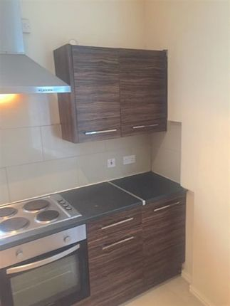 Thumbnail End terrace house to rent in Blenheim Square, Leeds