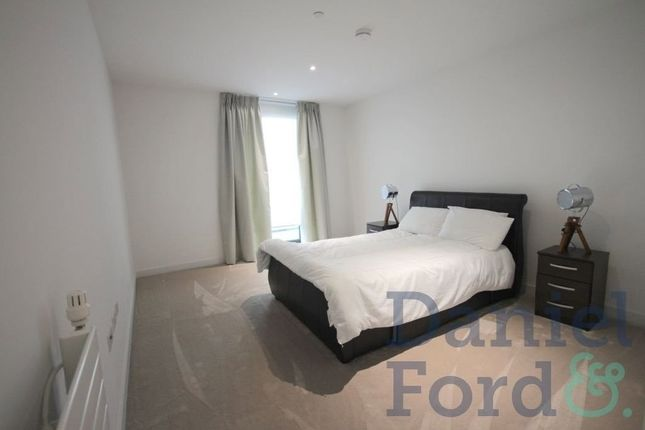 Thumbnail Flat to rent in Starboard Way, London