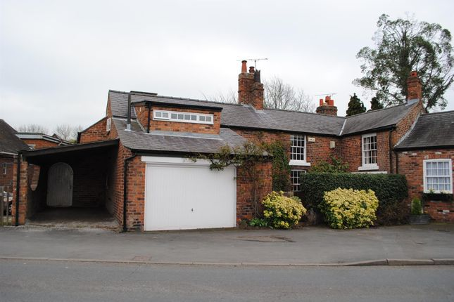 Thumbnail Semi-detached house to rent in Little Heath Road, Christleton, Chester