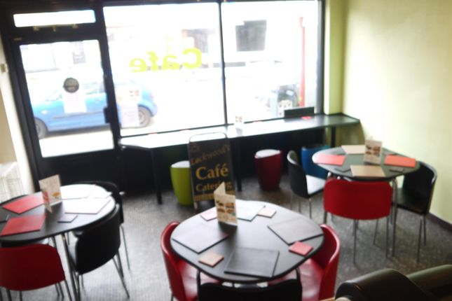 Photo 2 of Cafe & Sandwich Bars HD1, West Yorkshire