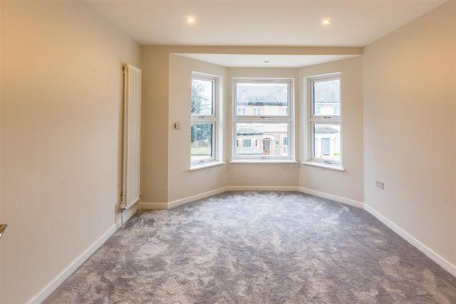 Bedroom of Amberley Grove, Croydon, Surrey CR0