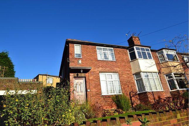 Thumbnail Flat to rent in Garmont Road, Chapel Allerton, Leeds