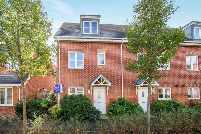 Thumbnail End terrace house to rent in Cheal Way, Wick, Littlehampton