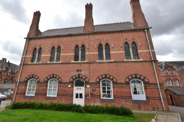 2 bed flat to rent in Grosvenor Gate, Humberstone, Leicester LE5