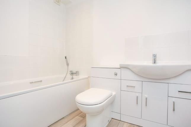 Bathroom of Judge Street, Watford, Hertfordshire WD24