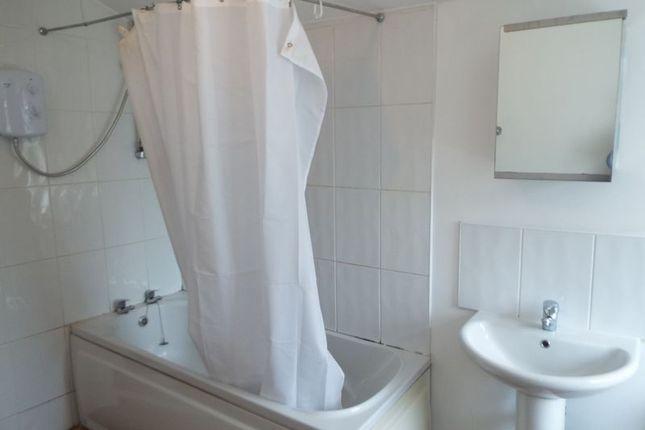 Bathroom of Pershore Road, Stirchley, Birmingham B30