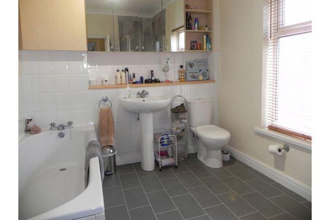 Bathroom of Thoresby Street, Hull HU5