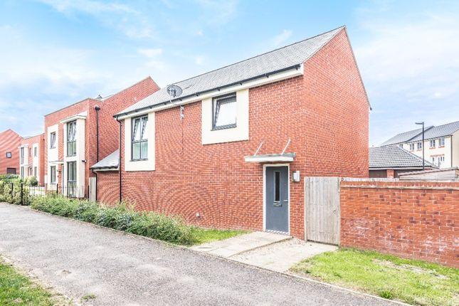 2 bed detached house to rent in Martlet Way, Brockworth GL3