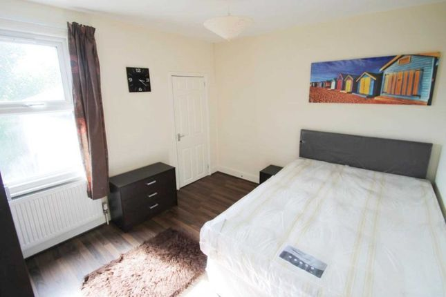 Thumbnail Property to rent in Double Room, Hill Street, Reading