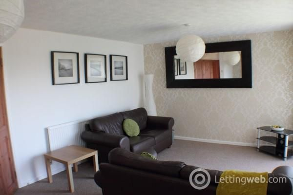 Thumbnail Flat to rent in Rannoch Road, Rosyth, Fife