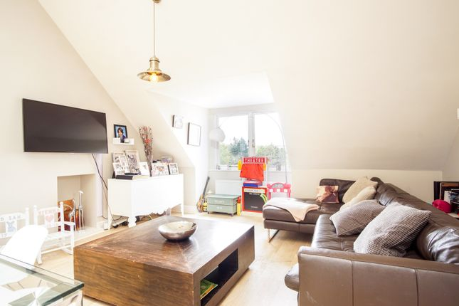 Thumbnail Flat for sale in Dartmouth Road, London