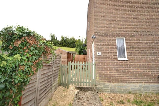 2 bed maisonette to rent in Springfield Close, Andover SP10