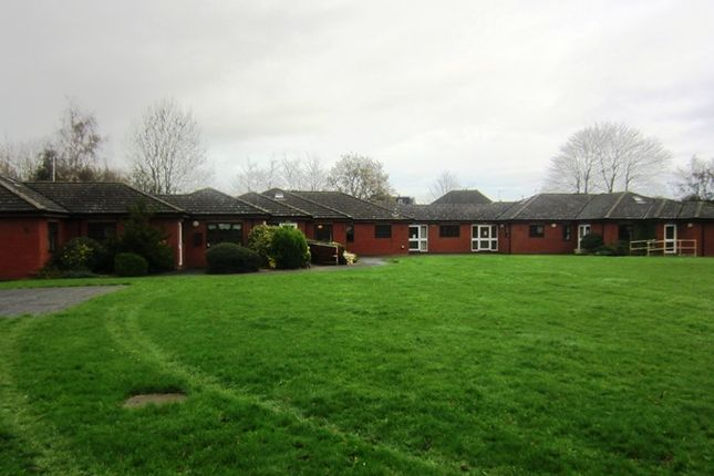 Thumbnail Detached house to rent in 156 Walsall Road, Walsall