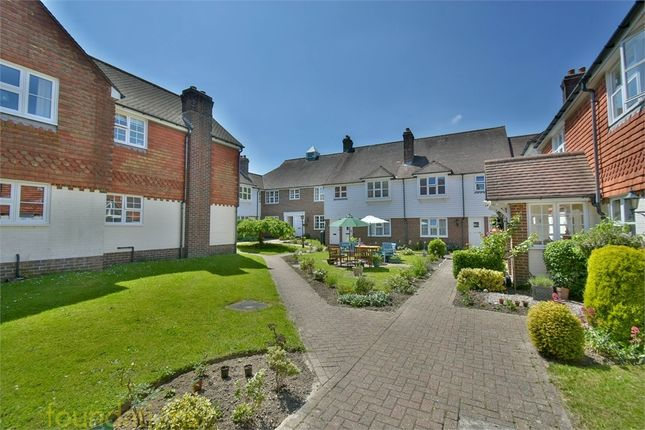 2 bed flat for sale in Church Street, Bexhill-On-Sea, East Sussex TN40