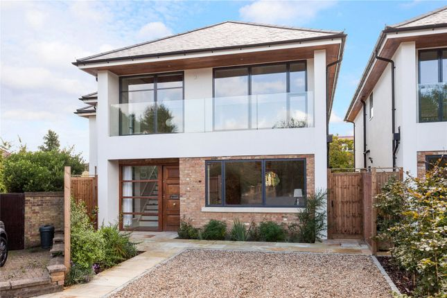 Thumbnail Detached house for sale in Hazelwood Close, Ealing
