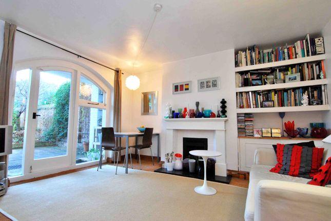 Thumbnail Flat to rent in Burgoyne Road, Harringay, London