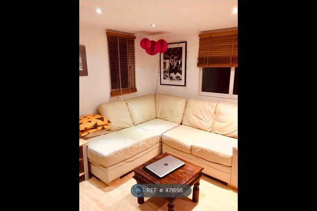 Thumbnail Flat to rent in Villiers Road, Kingston Upon Thames
