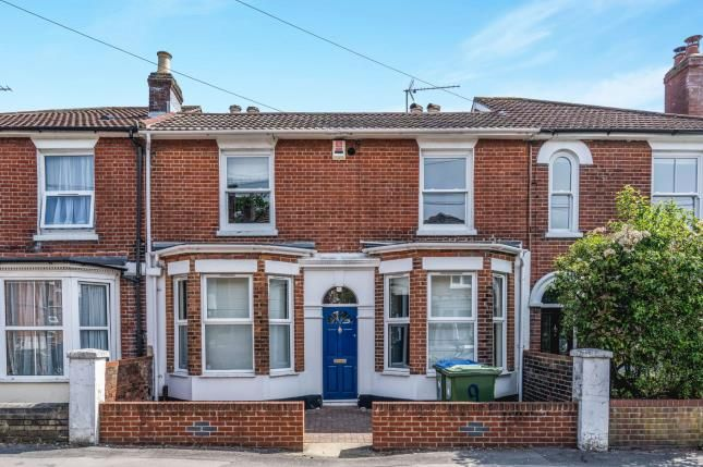 Thumbnail Terraced house for sale in Inner Avenue, Southampton, Hampshire