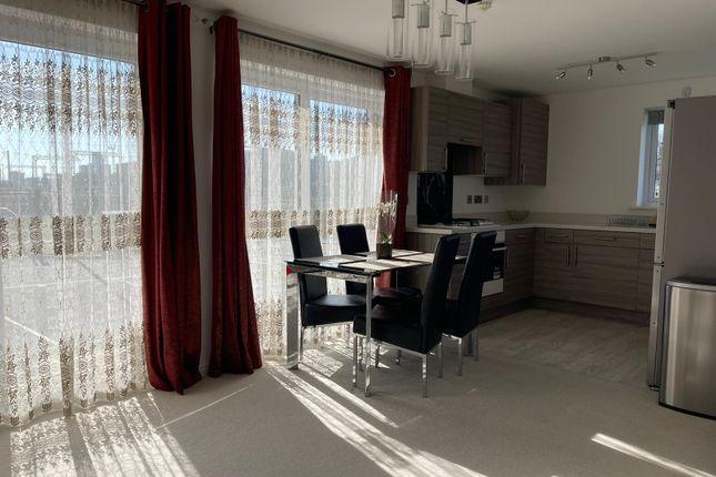 2 bed flat for sale in Golwg Y Garreg Wen, Swansea SA1