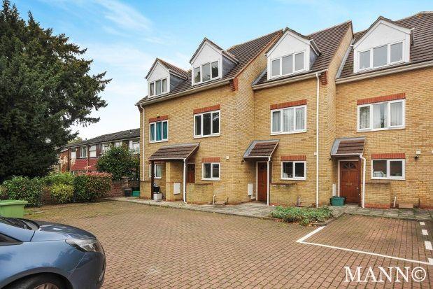 4 bed property to rent in Croydon Road, Penge
